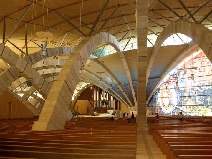 Renzo Piano e l'uso della pietra e marmo nelle sue opere